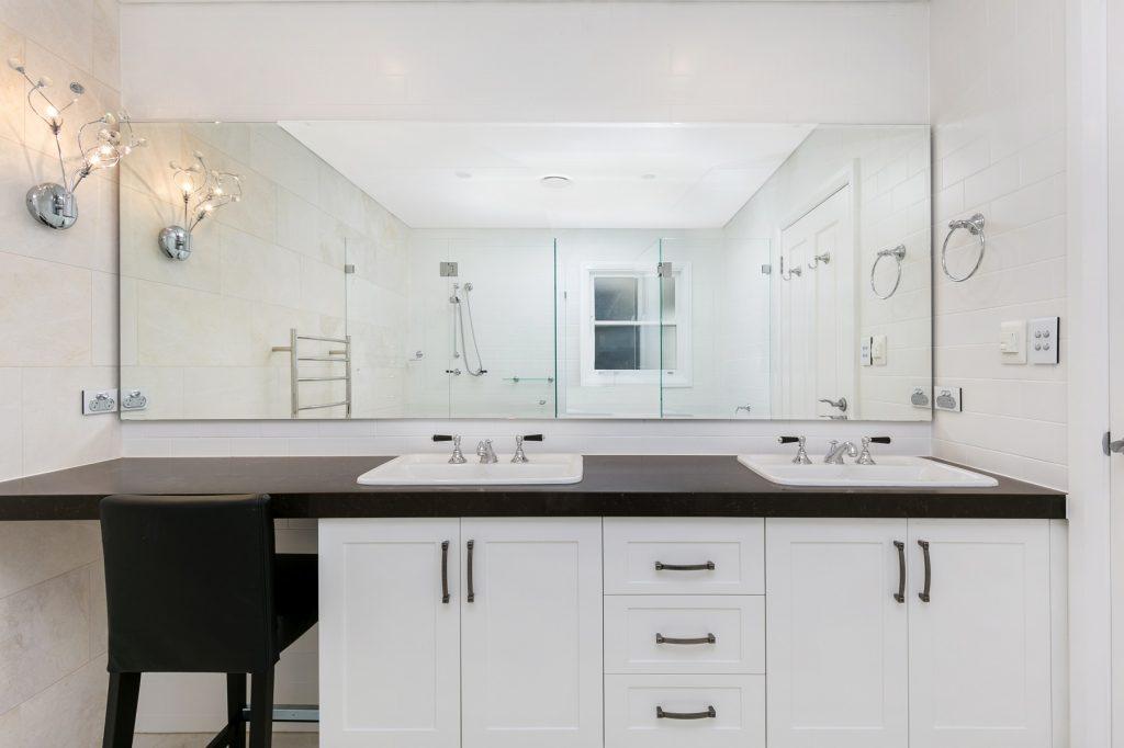 Shaker style vanity - Turramurra, Sydney