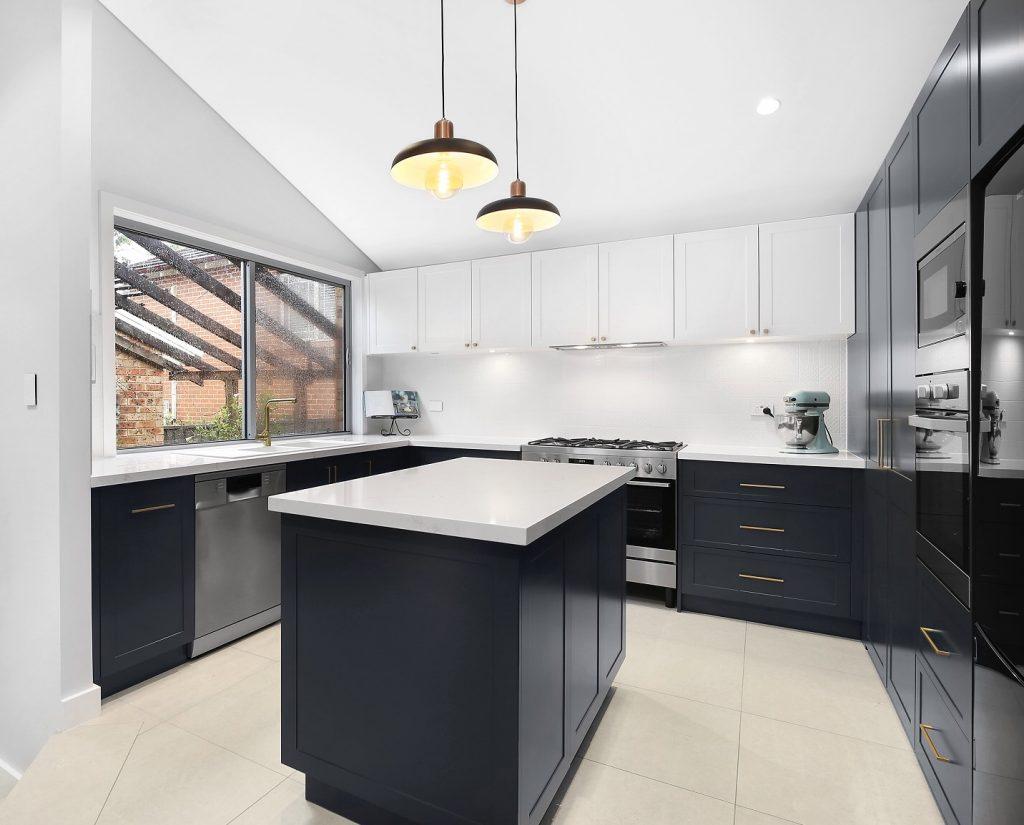 AFTER Barden Ridge Kitchen Renovation, Veneer / Polyurethane Kitchen with Island Bench