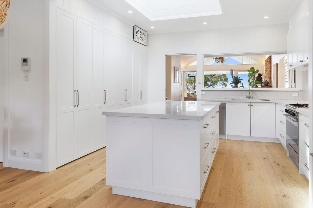 Narraweena - Polyurethane Shaker Style kitchen with a Quantum Quartz benchtop in Michelangelo
