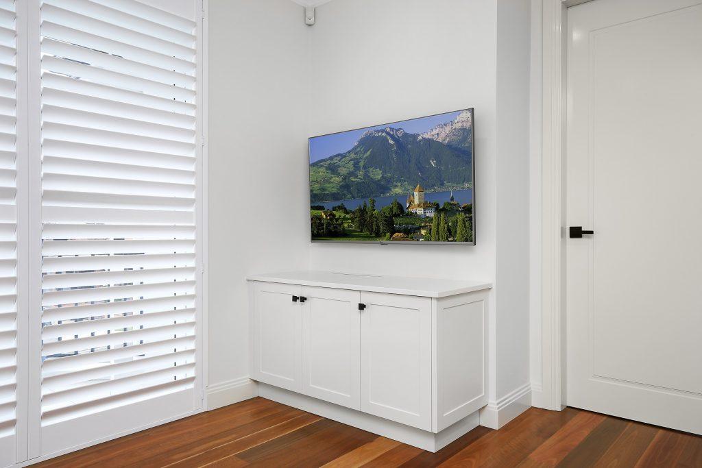Polyurethane Shaker Style storage cabinets - Earlwood, Sydney