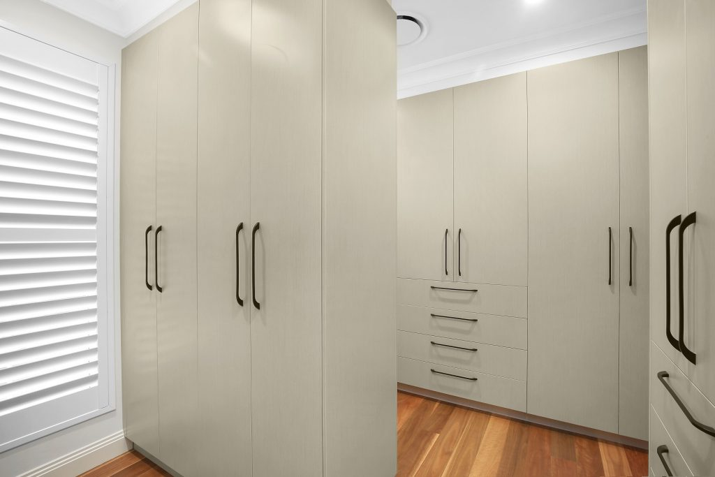 Timber Laminate walk-in wardrobe - Earlwood, Sydney
