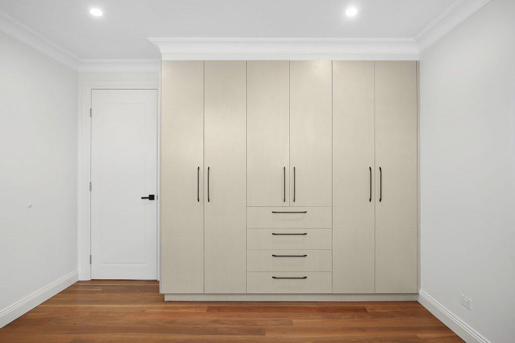 Timber Laminate wardrobe - Earlwood, Sydney