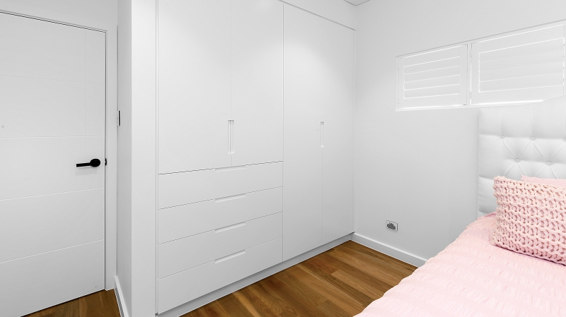 Polyurethane wardrobe with Routered handles - Sefton, Sydney